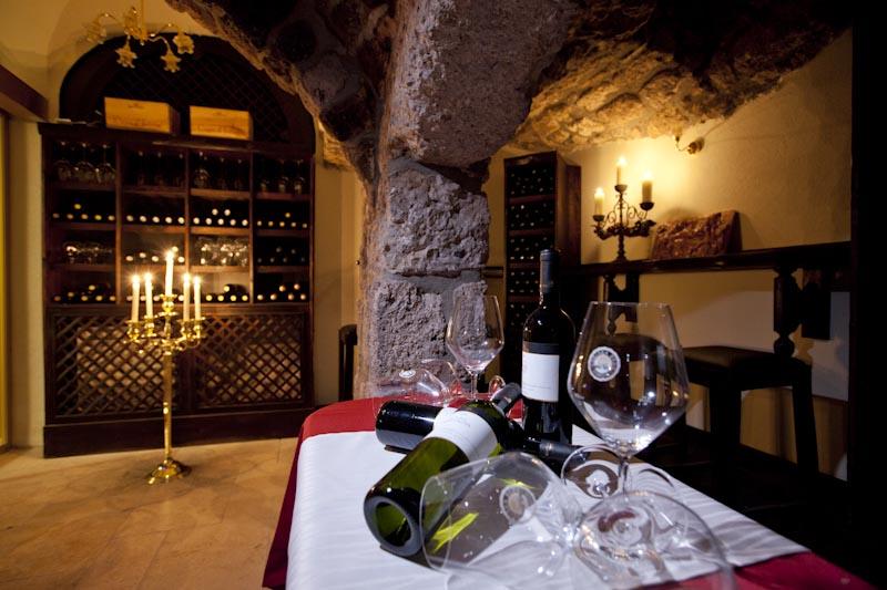 restavracija, hotel actum, vinska klet, sonet, oddih po poroki, razvajanje