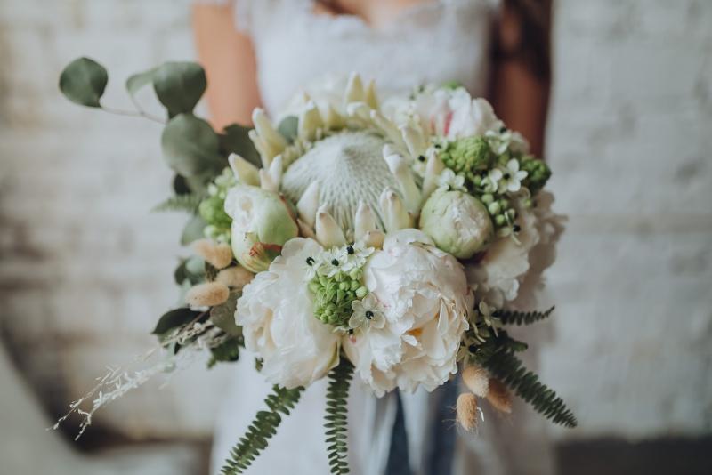Drzen poročni šopek