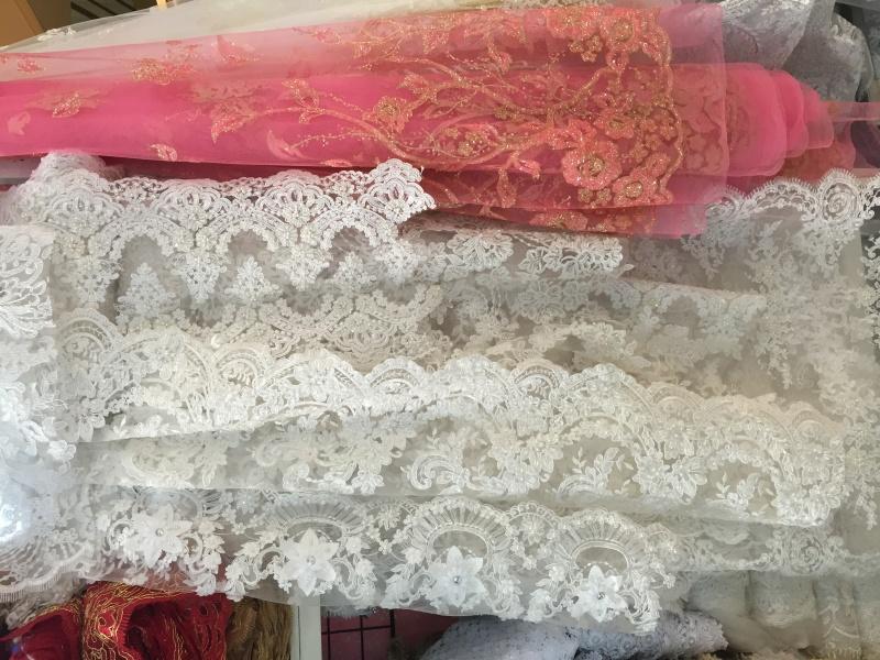 blago, čipka, poroka, poročna obleka, Tjaša Kokalj