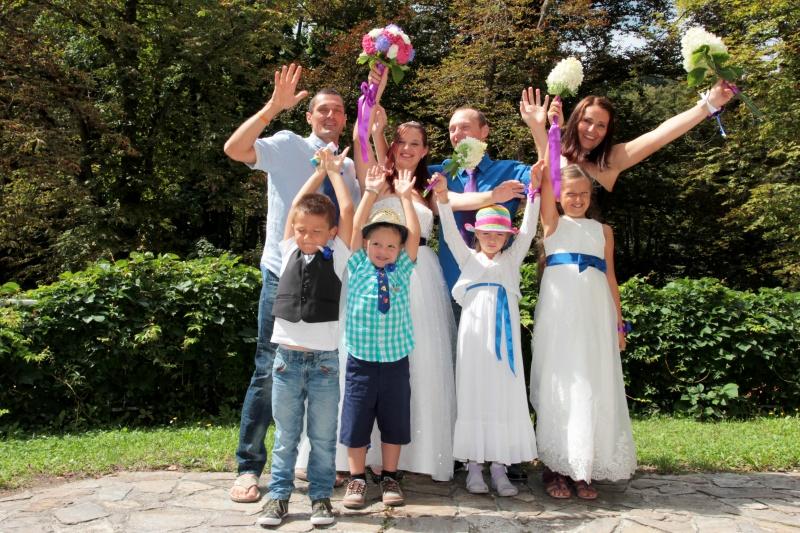 Skrivna poroka Emilije in Bojana