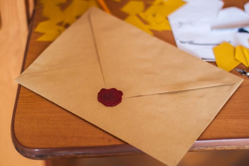 Najpogostejše napake, ki jih napravijo pari pri poročnih vabilih