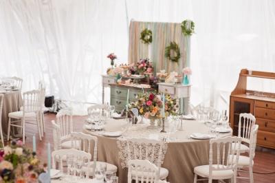 Barva poroke, barvna shema poroke, barve na poroki, zaobljuba.si