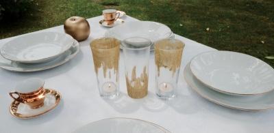 Zlata poročna dekoracija