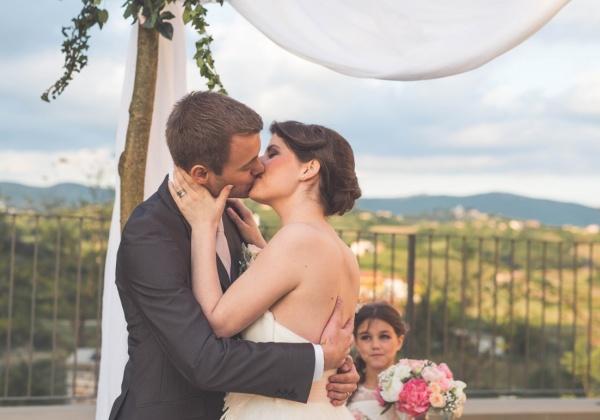 Poročni poljub