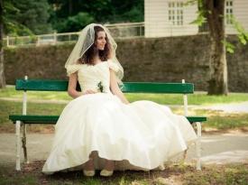 Nevesta - poročno fotografiranje