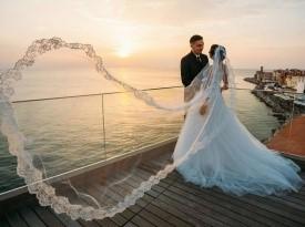 Poročna obleka, poročno fotografiranje, poroka ob morju