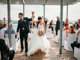 Mladoporočenca, poroka