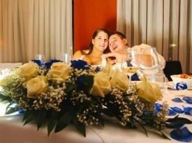 Poročni aranžma, ženin in nevesta, poročna fotografija.