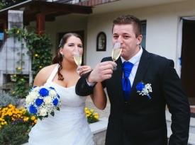Poročno fotografiranje ženina in neveste