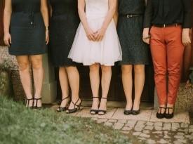 Nevesta, predporočno fotografiranje, poročna obleka