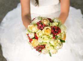 Poročni šopek in prstani