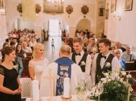 Cerkvena poroka, mladoporočenca, poroka, Zaobljuba.si