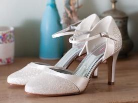 modart, poročni čevlji, ženski čevlji, poroka, zaobljuba
