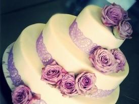 Lušta - poročna torta