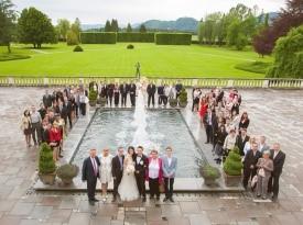 poroka, skupinska fotografija, zaobljuba, velika poroka, onaon, posestvo brdo