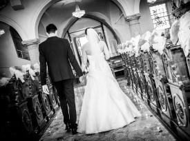 oltar, poročni par, cerkev