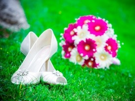 poročni čevlji, poročni kotiček, poročni šopek