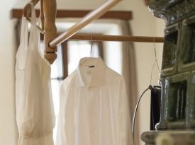 Poročno obleko oblikovala Kredenca in izdelala Pauline Alexandre. Foto: Lenart Zore.