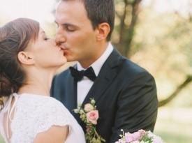 Poroka - poljub
