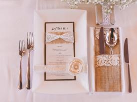 Namizna poročna dekroacija