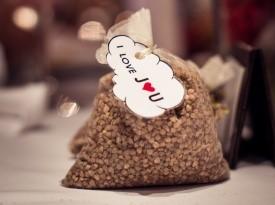 Poročni konfeti
