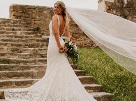 nevesta, družice, poroka, zaobljuba, poročna obleka