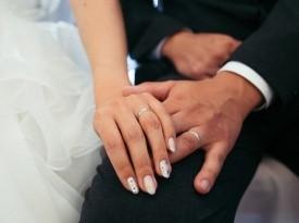 Poroka Neža in Dejan, poročna prstana
