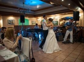 Poročna pogostitev, poročni ples, poroka, poročna obleka