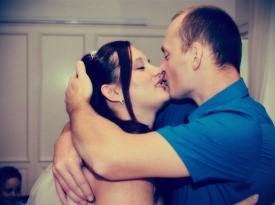 Mladoporočenca, prvi poljub, Zaobljuba.si