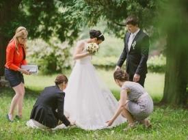Popravek poročne obleke