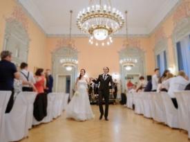 poročni prostor, Terme Dobrna, poroka, poročna fotografija, poroka v poročni dvorani, Zaobljuba.si