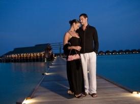 Poročno potovanje, romantična večerja