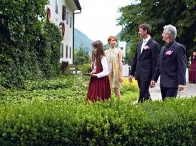 Kendov dvorec, poroka, ženin, poročna obleka