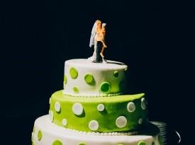 poročna torta, ženin in nevesta