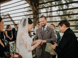 Izmenjava poročnega prstana