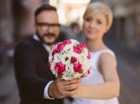 Poročni šopek, poročno cvetje, fotografiranje na poroki.