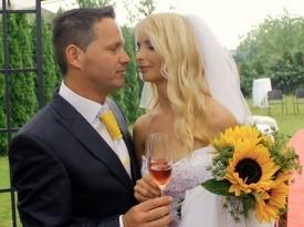 prvi poljub, zakonca, poročni par, civilna poroka