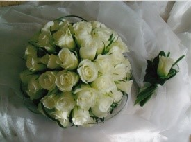 poročni šopek, nevesta, poroka, cvetličarna, cvetnik, zaobljuba, naprsni šopek