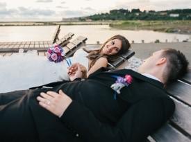 Ženin in nevesta, poročno fotografiranje