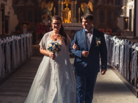 cerkveno poročena