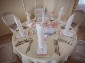 Dekoracija mize za goste, poročna dekoracija, dekoracija na poroki.