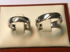 Poročni prstan, srebrna poročna prstana, zlatarstvo Pečnik.