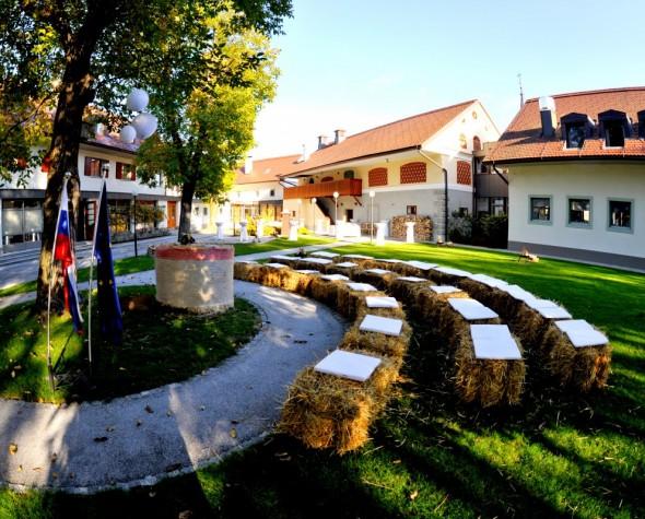 Dvor Jezeršek - civilni obred