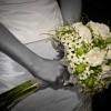 Poročni šopek in poročni prstan.