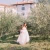 Nevesta, poročno slikanje na poročni lokaciji Gredič.